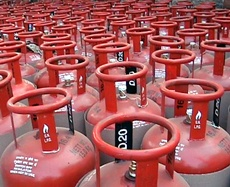 LPG cylinder cap raised to 12, Aadhar-linked subsidy suspended