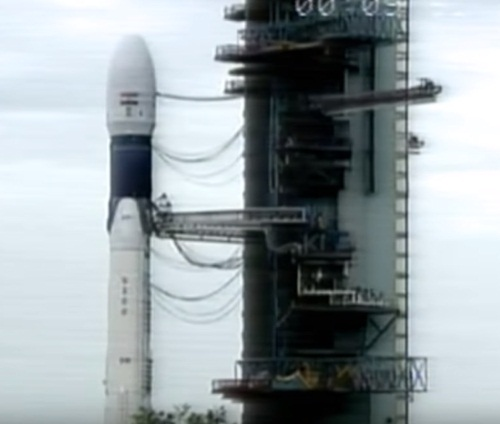 Isro successfully places second lunar mission on Earth orbit