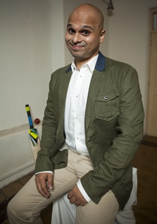 Vikram Sathaye, stand up comedian, cricket humourist and authore